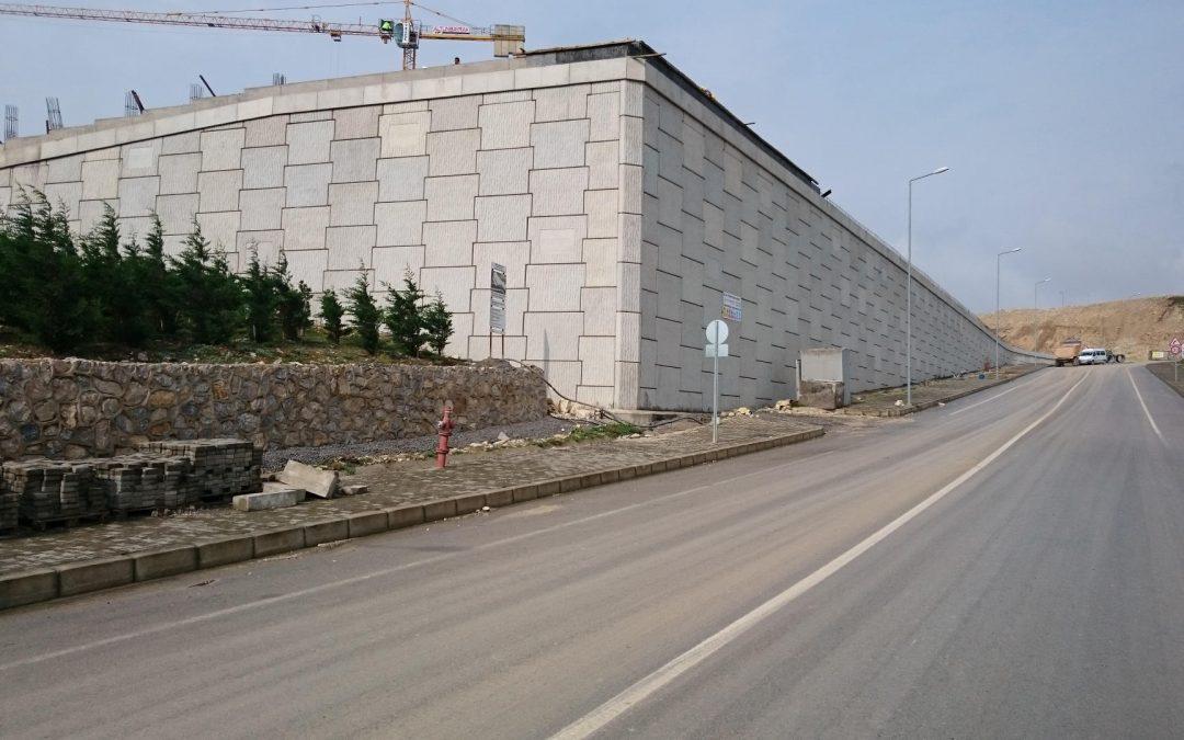 30 seneyi aşkın bir süredir toprakarme duvar (toprakarme duvar sistemi, toprakarme duvar panoları, ankraj, mühendislik ve montaj) çözümleri